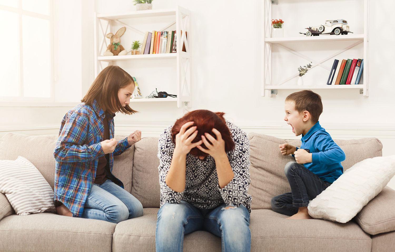 Hogyan kezeljük a testvérek közti civódást, verekedést?