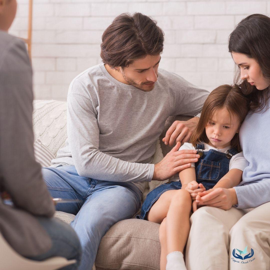 """""""A gyerekkel van baj, én minek kellek?"""" – a szülőkonzultációról bővebben"""