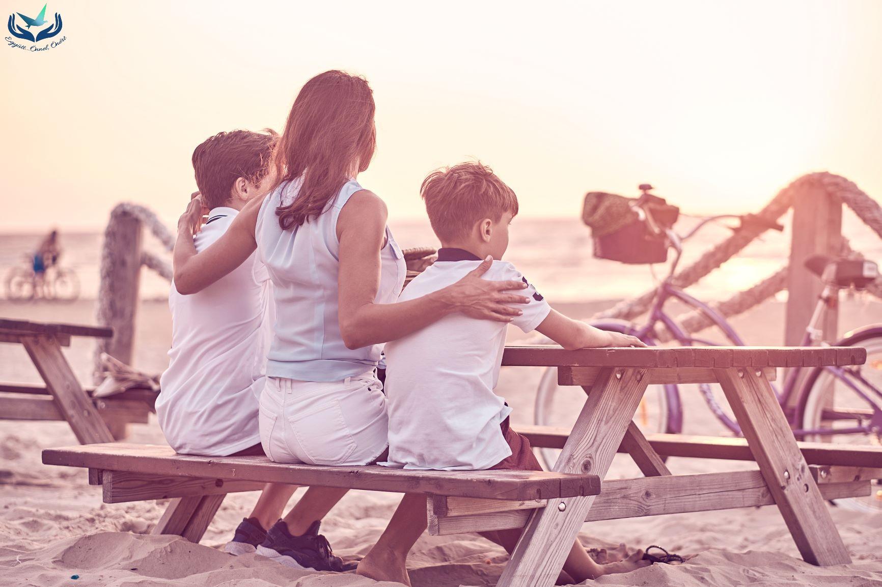 Rituálék szerepe az emlékezésben – 7 lehetőség, hogy segítsünk a gyermeknek a veszteséggel való megküzdésben