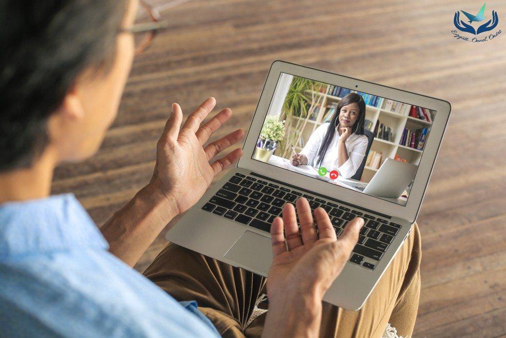 Mik az online pszichoterápia veszélyei? Miért fontos a szupervízió?